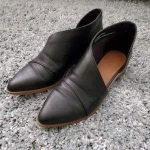Womens size 7 vegan loafers